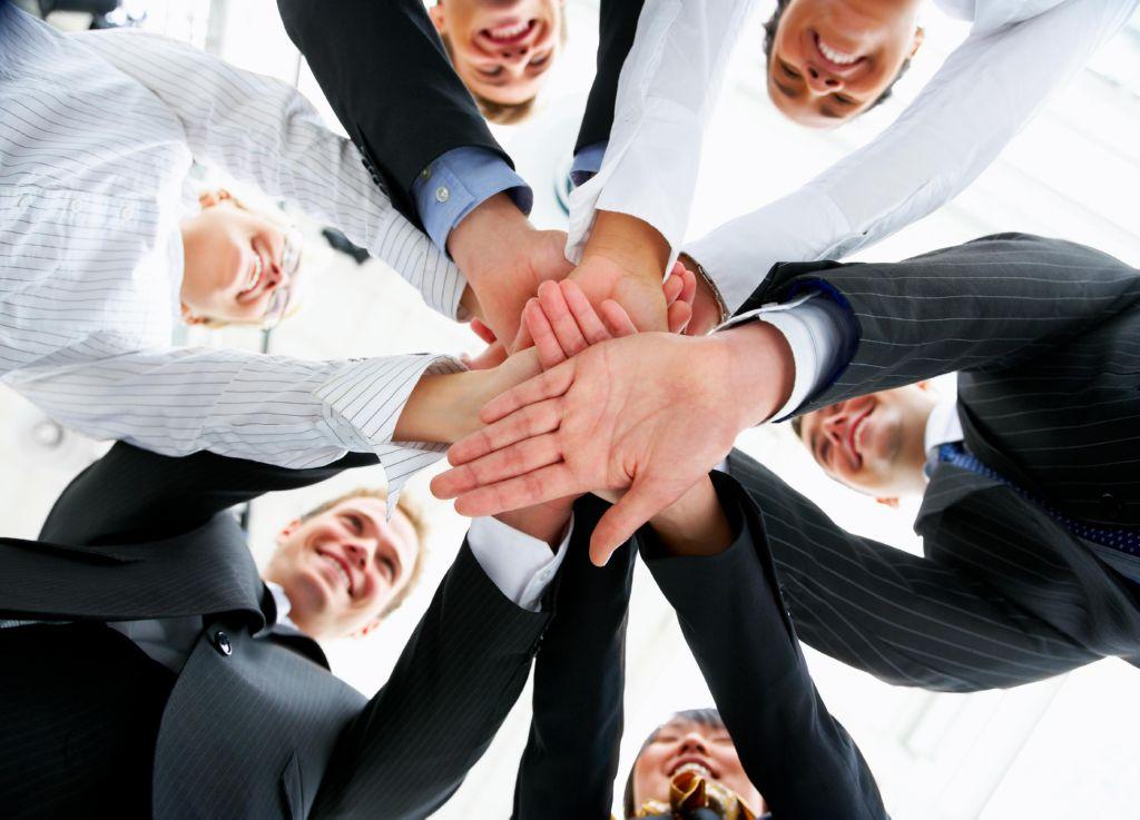 Cómo dirigir y ganarte a tu nuevo equipo de trabajo